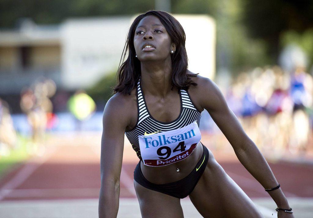 Ruotsin pituushyppytähti esitteli ylävartalonsa lihaksia Instagramissa - seuraajamäärä tuplaantunut nopeasti Urheilu yleisurheilu