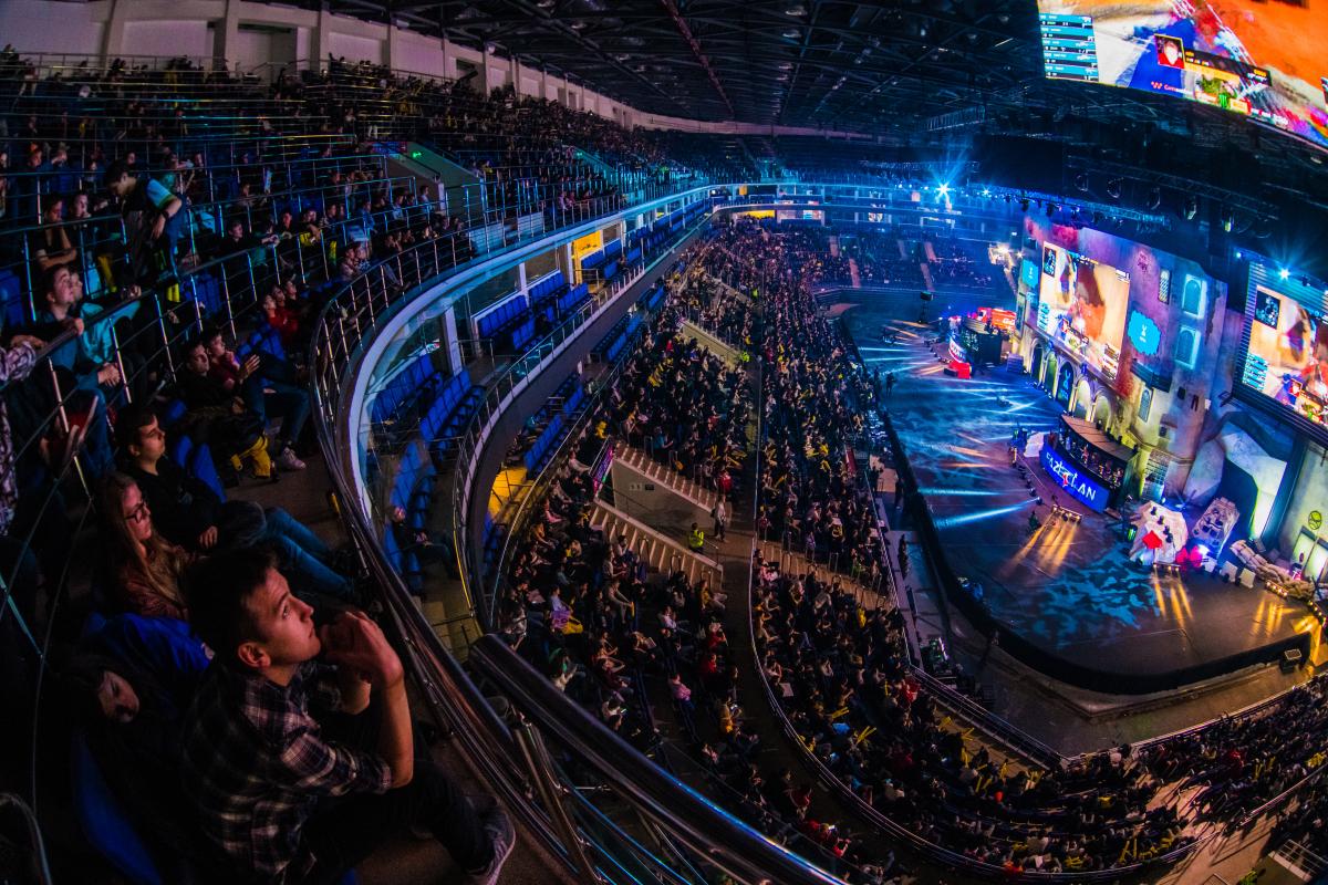 ENCE:n mollivoittoinen viikonloppu CS Summit 4-turnauksessa päättyi lopulta välierätappioon. E-urheilu